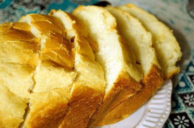 中种吐司面包的做法_柏翠面包机椰蓉吐司