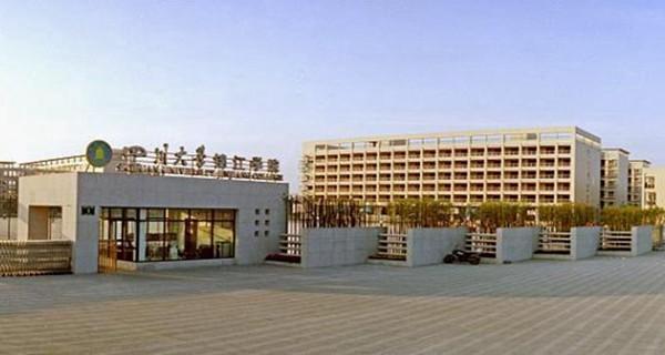 四川影视大学中最有名的学校有哪些?分数线是多少