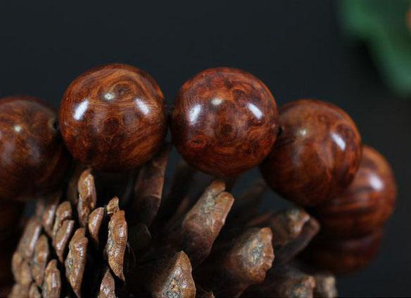 马来西亚花梨木有哪些特点