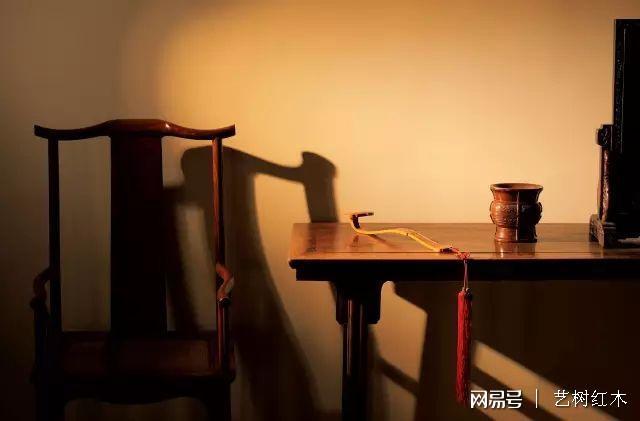 红木家具深受大家喜欢,有些内行人却不建议购买,这是为什么