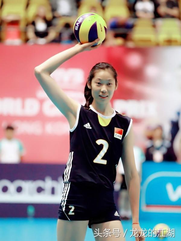 中国女排利用身高优势打出了好成绩,日本女排为何不模仿高大化?