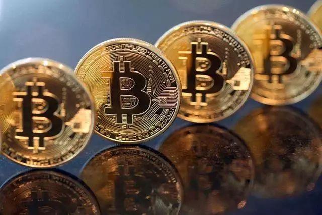 比特币=匿名保护隐私,为什么比特币交易非要在交易所用实名认证或绑定银行卡这种方式暴露交易人的信息呢?