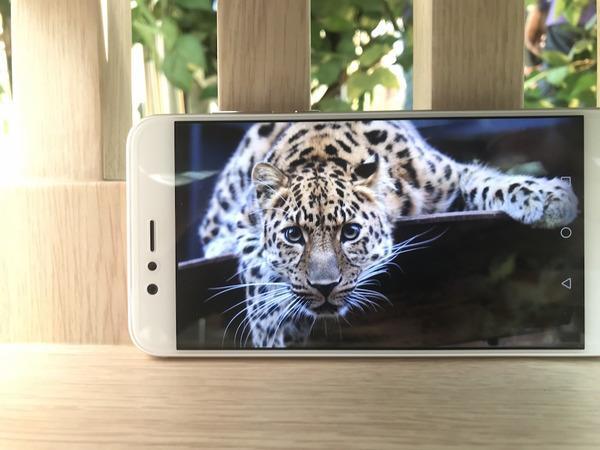 实测点评 Huawei首部双摄变焦nova2Plus创意3D全景好有趣