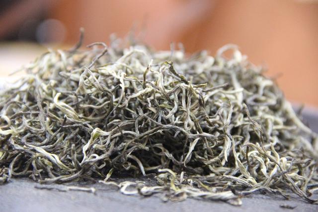 喝大叶滇茶对心血管疾病有什么好处