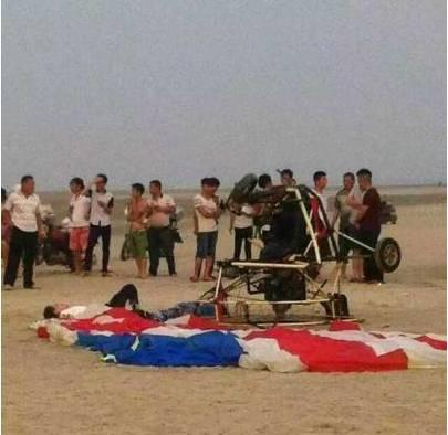 1死1伤!滑翔机坠毁在北海银滩,现场惨烈!更恐怖的是