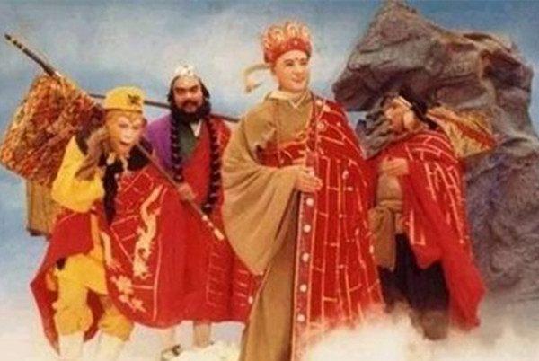 《西游记》中为何唐僧和孙悟空都成佛了,猪八戒却成了净坛使者,沙僧成了金身罗汉