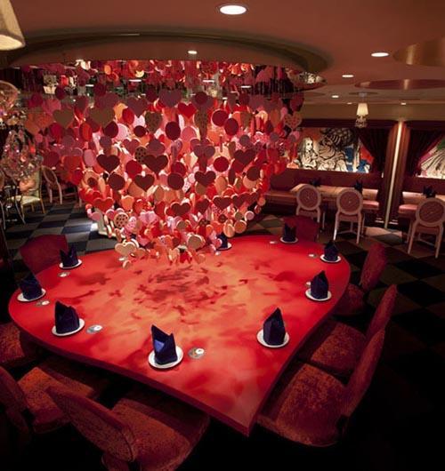 爱丽丝梦游仙境主题餐馆