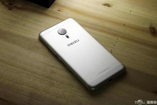 「有缺憾」的旗舰级 魅族手机Pro 5下手拆箱谈