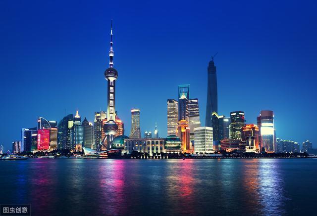 关于我的家乡上海作文300字