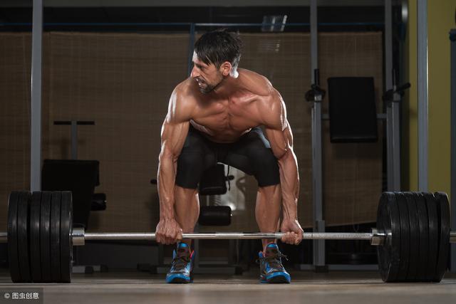硬拉是练背的动作,还是练腿的动作?有什么好处