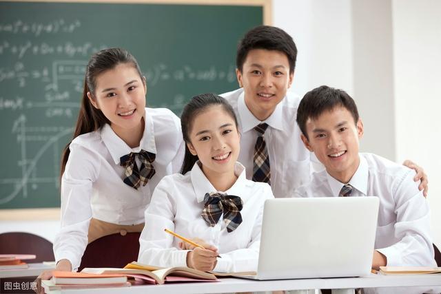 以兴趣是最好的老师为主题,最合适做例子的历史名人有谁