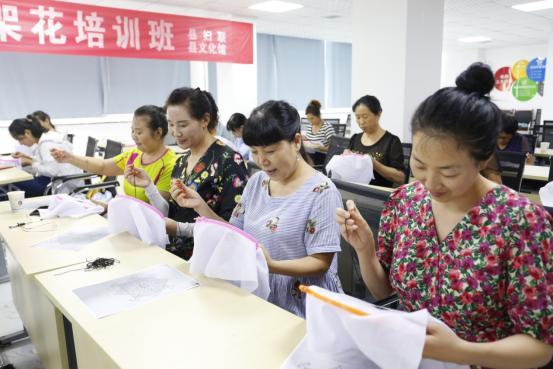 衡水市固城县:志愿服务送技术 铺就巾帼致富路
