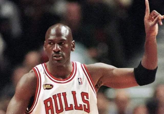 NBA单赛季拿下3000分有多难?历史上完成次数最多的是谁?