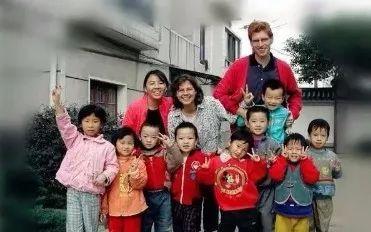 汪涵都点赞这对德国夫妻有65个中国聋哑孩子长沙开面包店意外爆红