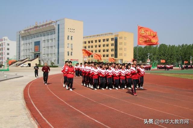河南商城县:高中教育显特色