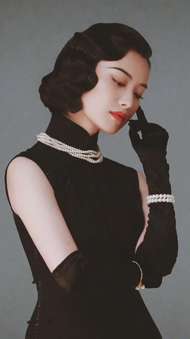 盘点中国穿旗袍最美的7位女星,刘亦菲温婉可人,关晓彤性感撩人-第7张图片-IT新视野