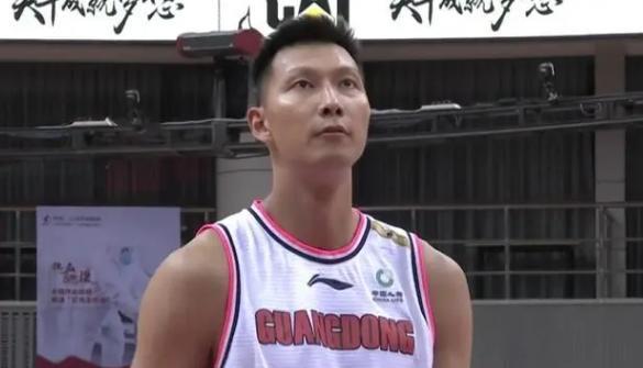 CBA直播:广东vs辽宁,易建联大战郭艾伦终结对决