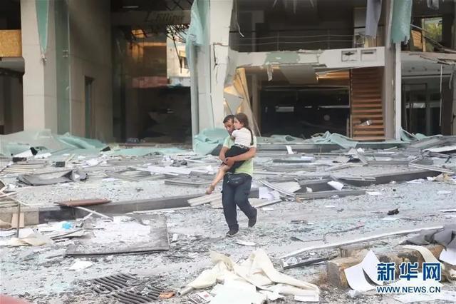 已致78人死亡4000多人受伤!黎巴嫩首都发生巨大爆炸,现场升起蘑菇云