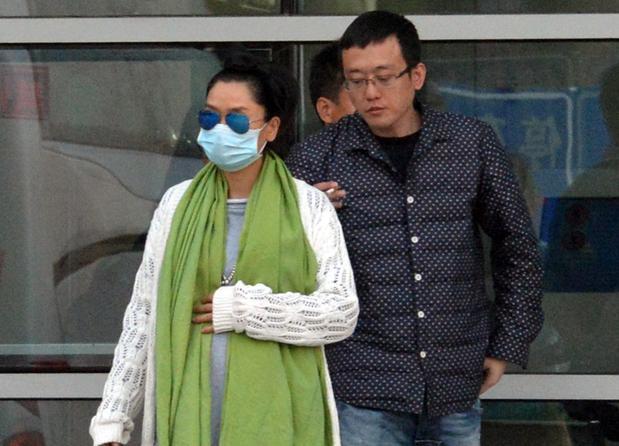 徐明朝二次发声拒绝对Yamy道歉:她本质不坏,只是缺乏契约精神