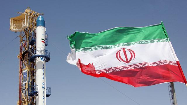 美国不同意取消对伊朗制裁,威胁践踏核协议,欧洲多国:请中俄让步吧