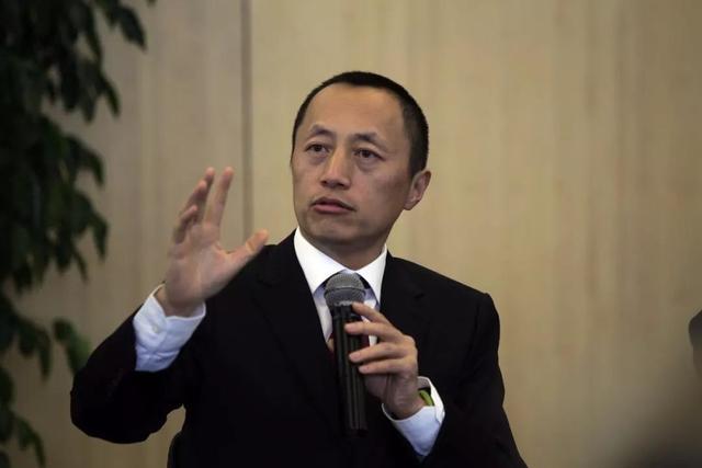 江苏房企低价抛售数亿房产,马光远:开发商越少房子越好买