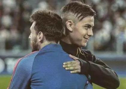 阿根廷队的前锋线是历史上最强的吧