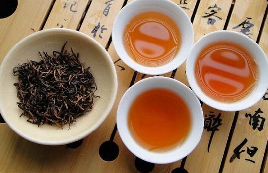 如何区分滇红茶的好坏