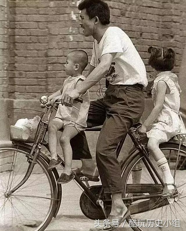 六七十年代的一辆飞鸽自行车,相当于现在多少钱