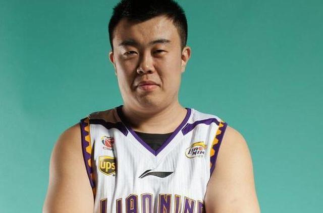 父母变卖家产让他练球却被辽宁淘汰,韩德君是如何重回辽宁的?