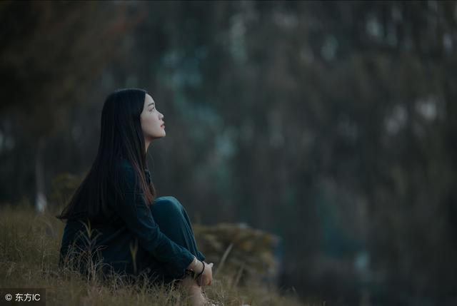 用一句话或一个词语来形容一场无疾而终的爱情