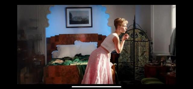 最新英剧《小鸟们》全集热播,女人们摆脱丈夫放飞自我!