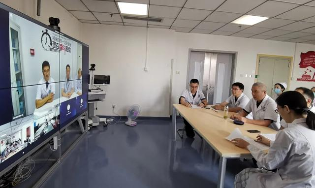 是什么架起了北京 301 医院、绵阳市中心医院与武昌医院之间的桥梁?