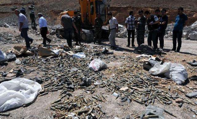 以色列无视多国抗议,战机猛轰叙大型弹药库、导弹阵地和民用设施