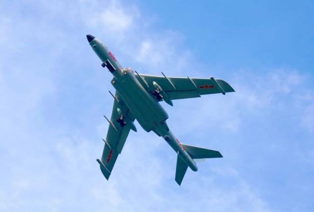 外媒:堅決反對美國干涉南海事務,解放軍舉行大規模登陸演習