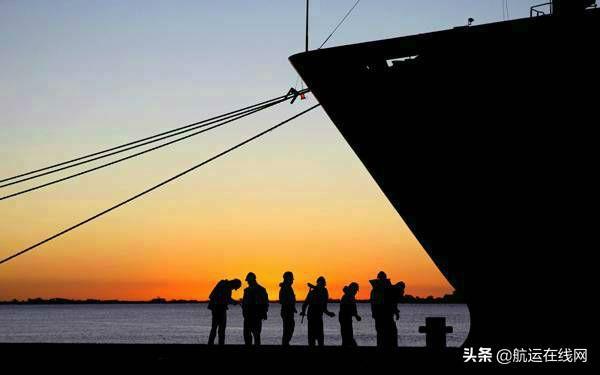ILO:呼吁释放因COVID-19而被困在船上的15万多名海员
