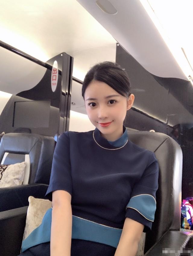 40岁的潘玮柏正式宣布与27岁的空姐结婚!娇妻南京人,多次传绯闻