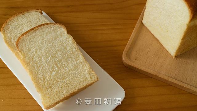 酵母在面包中起到什么作用
