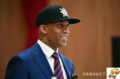 马布里适合担任中国男篮的教练么?你怎么分析呢?