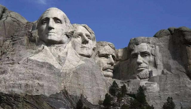 野心不小!特朗普欲把肖像留在总统山,却遭负责人拒绝:没地方了