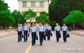 大学生能从部队考军校吗?考军校有什么要求