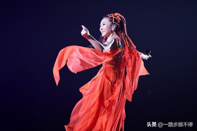 歌手当打之年第七期,华晨宇神树降临,徐佳莹翻唱伍佰Last dance
