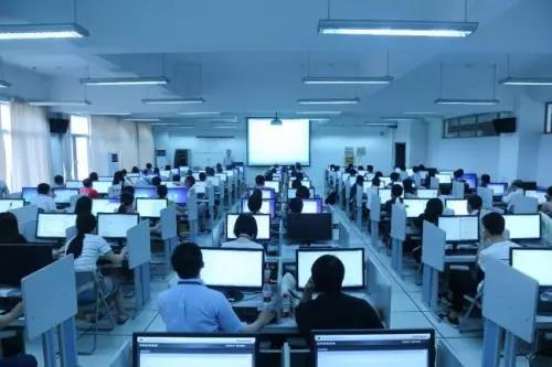 教育培训行业适合用云桌面吗?看机构负责人谈谈云桌面的真实感受