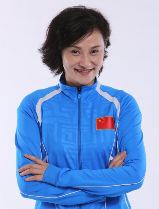 跳水女皇吴敏霞,她是中国首位奥运女性五金王,如何评价她的职业生涯?