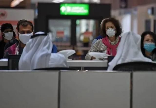 疫情期闯关赴美生子,近百名中国孕妇被遣返还有人被判刑