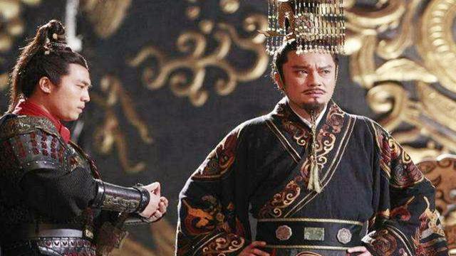 二十万秦军被杀,为何嬴政不杀了李信祭旗?
