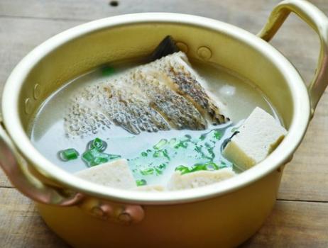 黑鱼片汤的做法