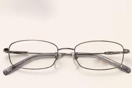 眼镜分哪几种类型