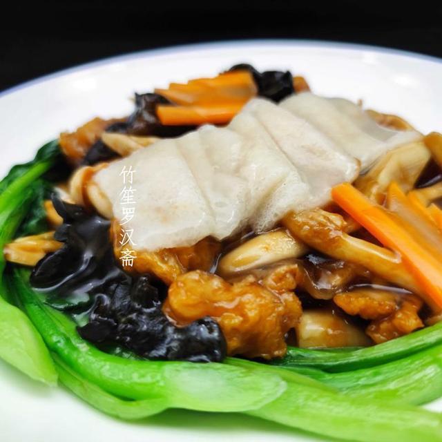 云南山菌美食��F呼和浩特香格里拉大酒店,�@的蘑菇你��^�追N?