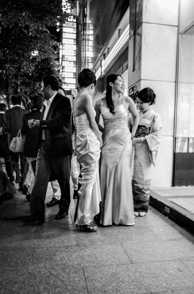 嫁给日本黑帮的女人们:伺候完丈夫,还得给小弟们洗内裤…