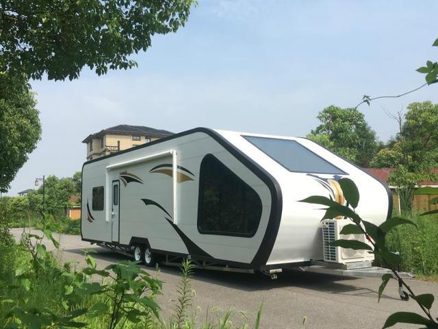旷野中的五星级度假酒店,13米超观景营地房车配备小米全智能家居